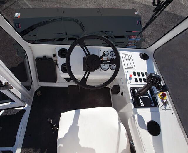 Roadtec FB-100 Asphalt Broom Cab