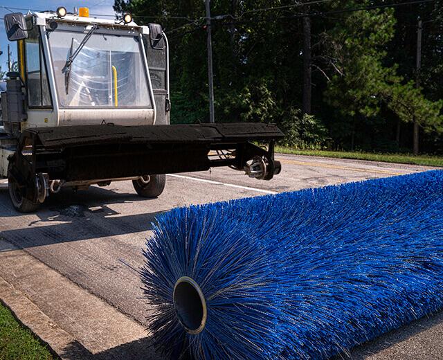 Roadtec FB-100 Asphalt Broom Quick Change Head