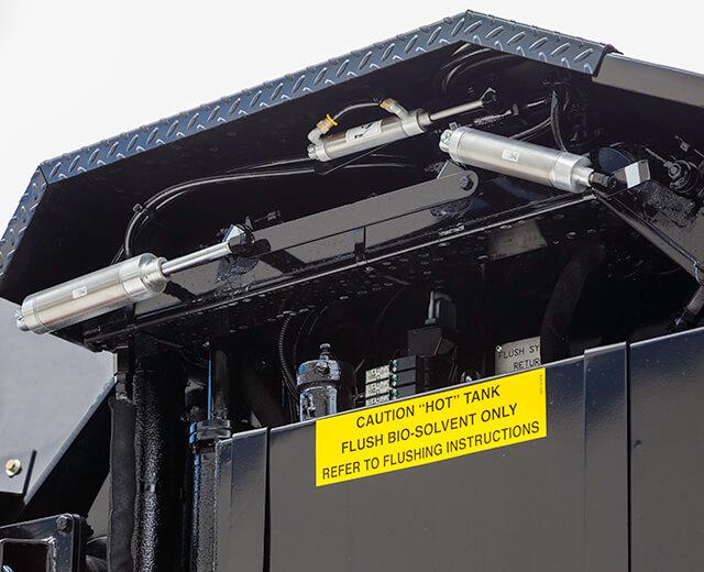 Roadtec SP-200 Spray Paver Automated Flush System