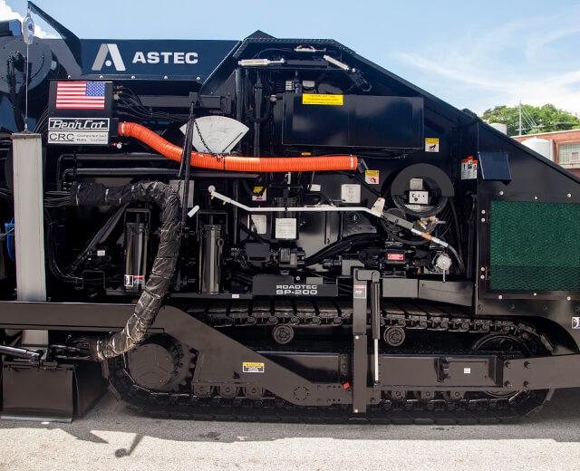 Roadtec SP-200 Spray Paver High Capacity Product Tank
