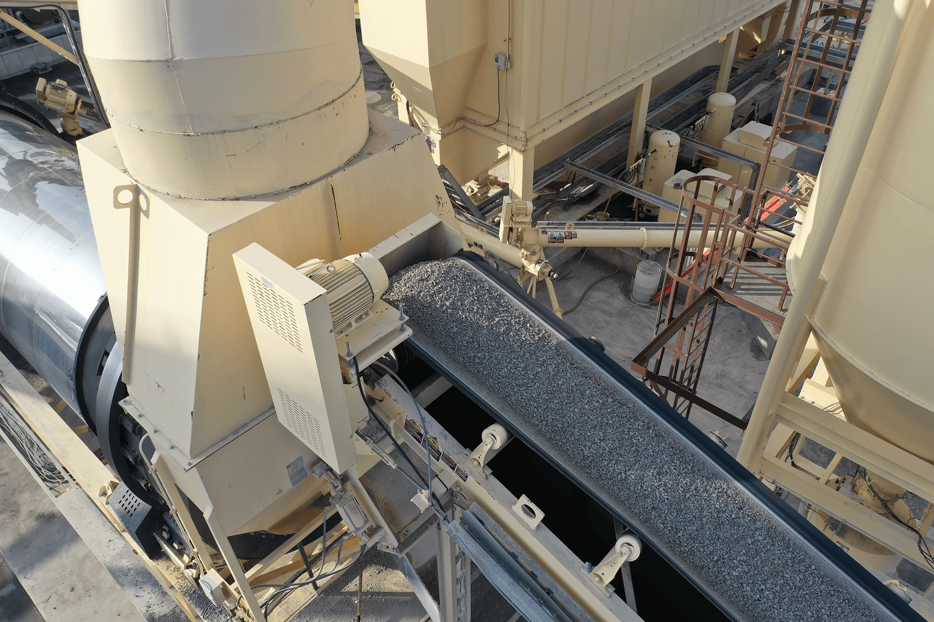 Astec Relocatable Asphalt Plant with Unidrum Aggregate Entry