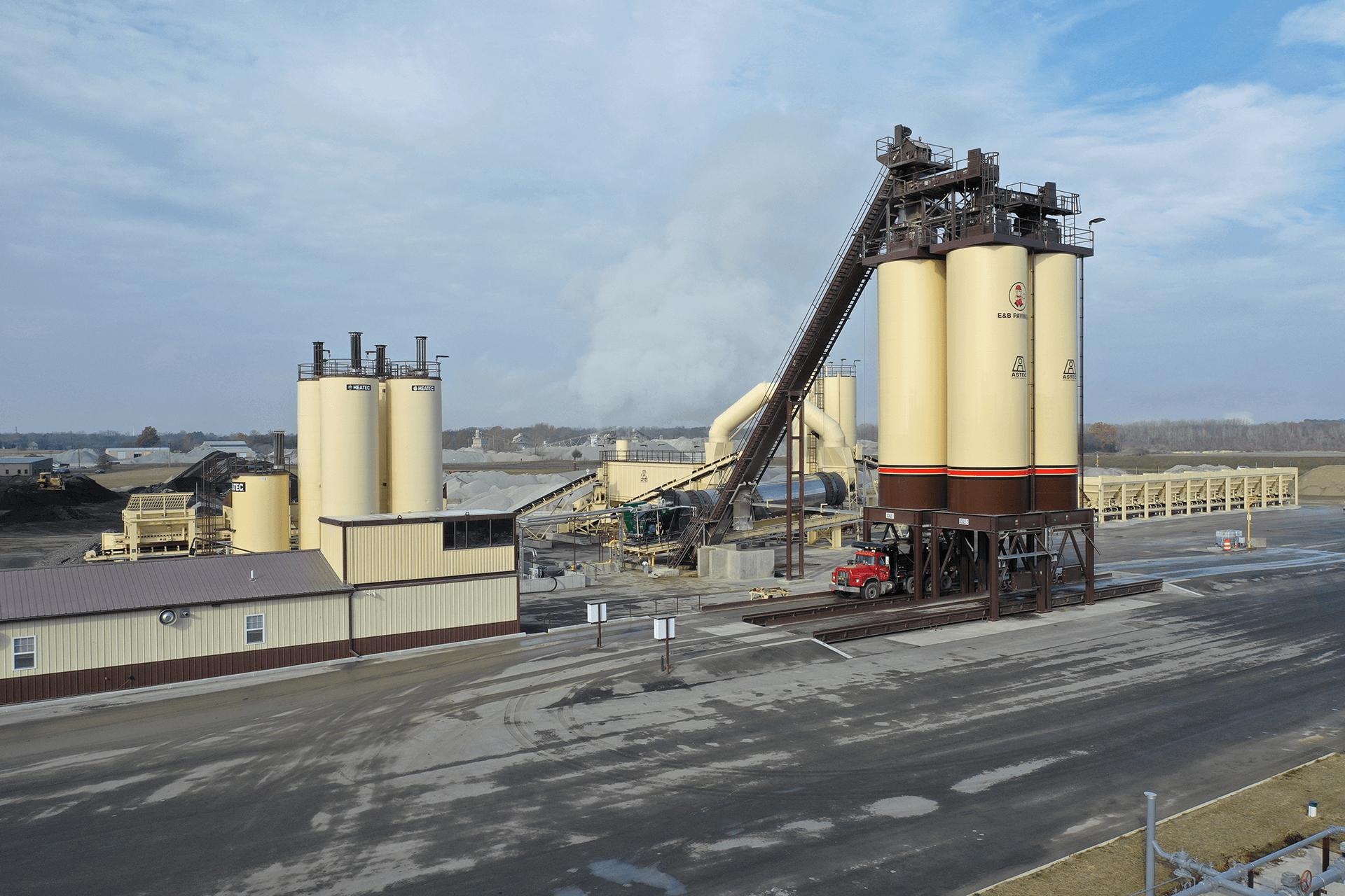 Astec Relocatable Asphalt Plant with 4 300-ton Storage Silos