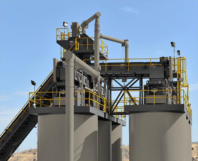 Astec MPack blue smoke emissions system installed on long-term asphalt storage silos