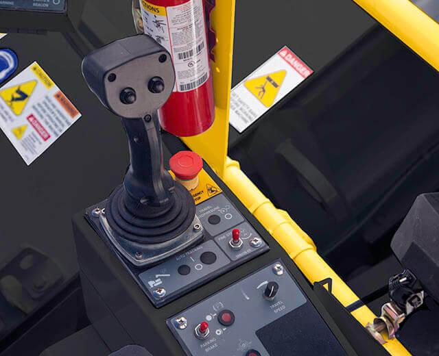 Roadtec Material Transfer Vehicle Dual Operator Joystick Controls
