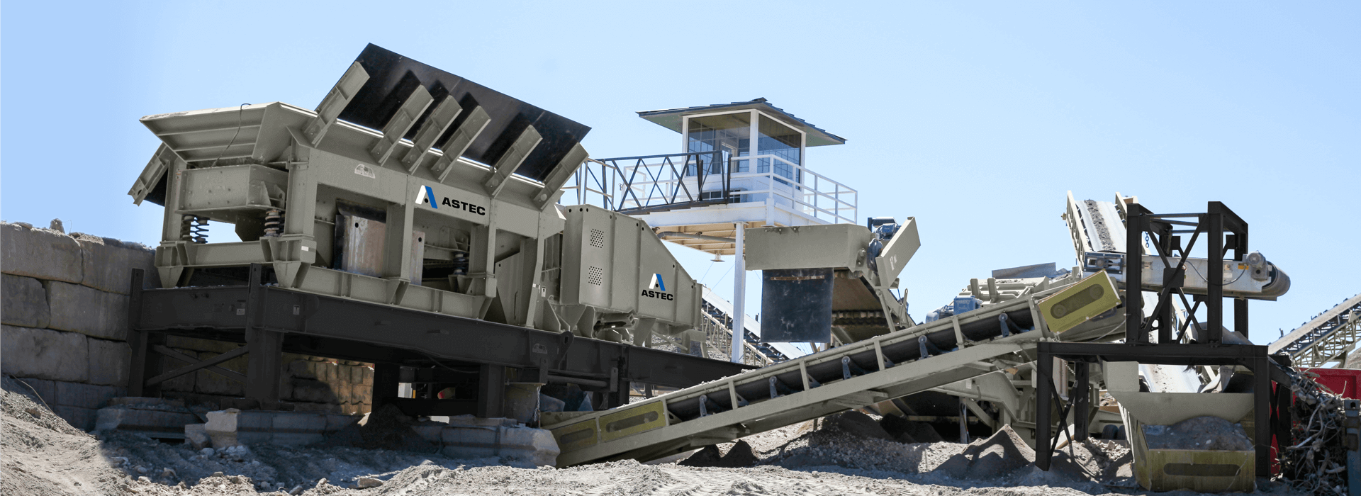 Pioneer® jaw crusher in concrete recycling application