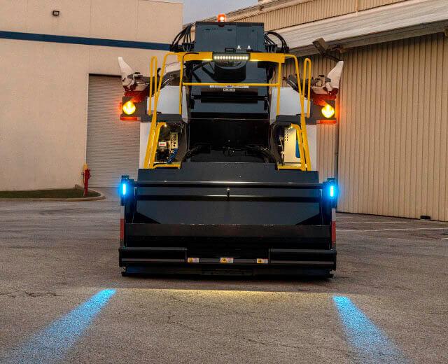 Roadtec SB-3000 Shuttle Buggy Material Transfer Vehicle Dump Hopper Landing Lights